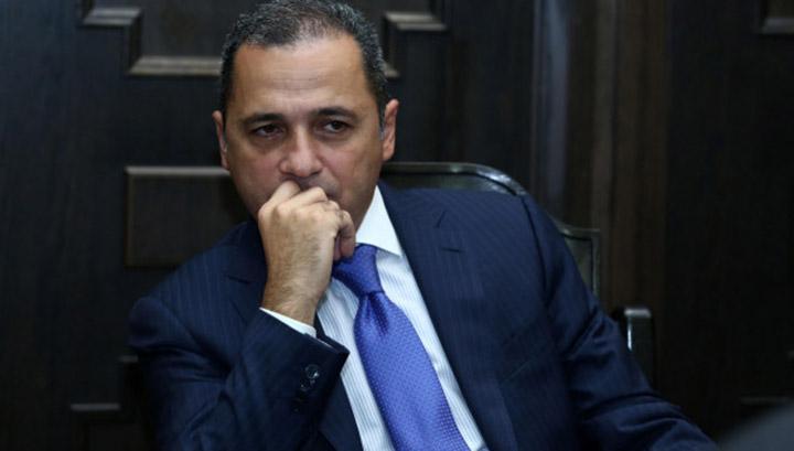 Yerevan.Today   Սյունիքի նախկին մարզպետը հեռացել է ՀՀԿ-ից