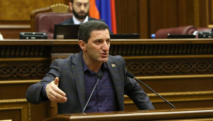 Yerevan.Today | Ալեն Սիմոնյանն իմ առարկայի ...
