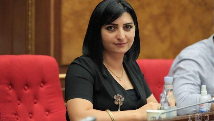 Yerevan.Today   Պատգամավոր Թագուհի Թովմասյանը Վարդենիսի հարակից հրետակոծվող  համայնքներում է
